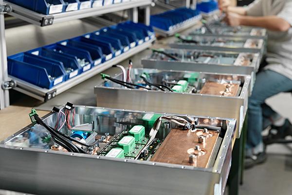 Geräte- & Schaltschrankbau